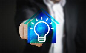 come connettere lampadina smart